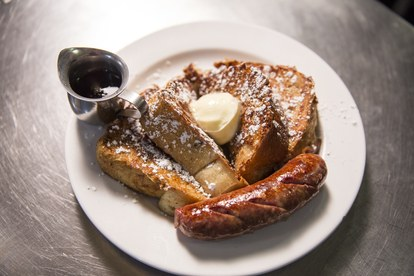 mat breakfast phoenix french toast sausage