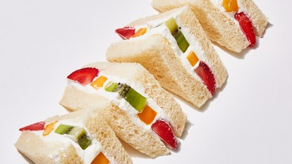 ба fruit sandwich 1