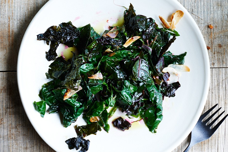 ללא שם: Sautéed Swiss Chard with Garlic and Lemon