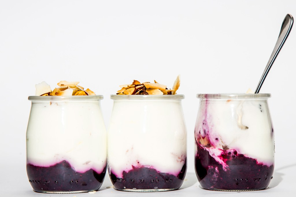Frugt-on-the-Bund Yogurt Cups